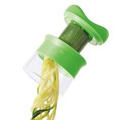 Prepara fideos de verduras frescas