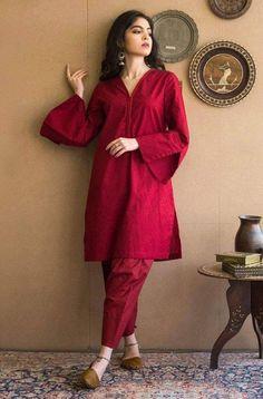 Pakistani Fashion Party Wear, Indian Bridal Fashion, Pakistani Outfits, Indian Outfits, Pakistani Casual Wear, Indian Dresses, Stylish Dresses For Girls, Stylish Dress Designs, Formal Dresses For Women