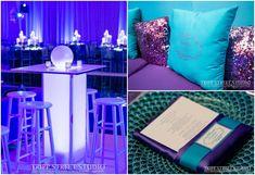 Azul, púrpura y brillo como paleta de colores para fiesta de 15. #FiestaDe15
