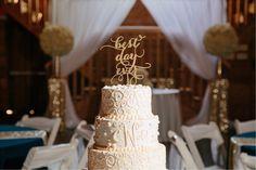 #kfb_events #rentals #prattplaceweddings #goldsequin #navyandgold #barnwedding #weddingcakes #weddingcakedisplay