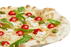 We love this Grilled White Pizza for a #MeatlessMonday meal from our friends at Heluva Good!