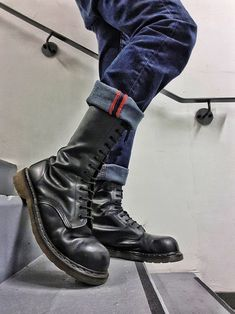 sneaks, rubber and gears Mode Skinhead, Skinhead Men, Tall Boots, Lace Up Boots, Shoe Boots, Dr Martens Boots, Doc Martens, Korean Fashion Men, Mens Fashion