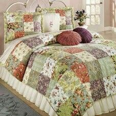 Blooming Prairie Patchwork Quilt Set features pretty Jacobean style florals, paisley designs, and leaf patterns. Cotton patchwork quilt includes colors of. Patch Quilt, Rag Quilt, Quilt Bedding, Bedding Sets, Bed Quilts, Twin Quilt, Patchwork Quilt Patterns, Patchwork Blanket, Deco Cool