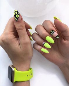 Neon nails – the flagship and colorful trend of summer 2019 – neon nail art Neon Yellow Nails, Yellow Nails Design, Neon Nail Art, Yellow Nail Art, Neon Nails, Pink Nails, My Nails, Bright Nails, Acrylic Nail Designs