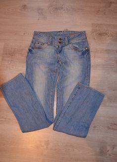 Kup mój przedmiot na #vintedpl http://www.vinted.pl/damska-odziez/dzinsy/11371697-spodnie-dzinsy-niebieskie-jeans-cross-prosta-nogawka-w27-l34-2734