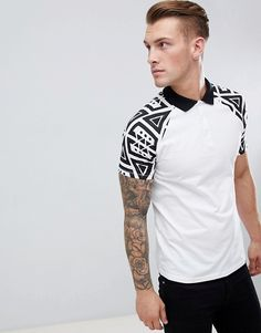 Shop the latest ASOS DESIGN polo shirt with geo-tribal sleeve print trends with ASOS! Tribal Shirt, Tribal Sleeve, Polo Fashion, Mens Fashion, Fashion Tips, Design Kaos, Mens Printed T Shirts, Polo Shirt Design, Polo Shirt Outfits