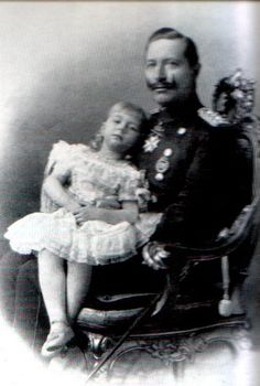 Daddy's girl.  Wilhelm with his only daughter, Princess Viktoria Luise.