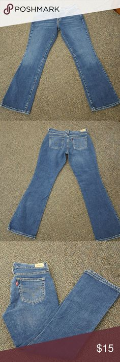 Levis Bootcut 515 jeans size 6 In great condition size 6 jeans :) They look and feel brand new . Levi's Jeans Boot Cut