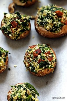 Bacon and Spinach Stuffed Mushrooms minus bread crumbs use an egg and crushed nuts Spicy Recipes, Healthy Recipes, Good Food, Yummy Food, Frozen Spinach, Balsamic Glaze, Spinach Stuffed Mushrooms, Air Fryer Recipes, Bread Crumbs