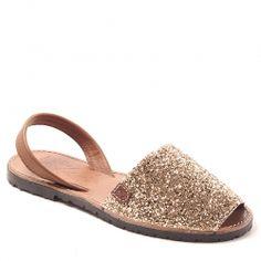 Sandales Menorquinas Popa Pogliter en Cuir et Glitter or, bout rond et ouvert