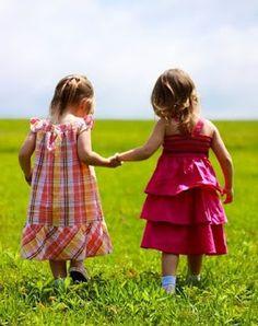 """""""A gente não faz amigos, reconhece-os!..."""" (vinicius de moraes)"""
