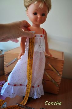 Sewing Doll Clothes, Baby Doll Clothes, Sewing Dolls, Barbie Clothes, Baby Dolls, Vestidos Nancy, Nancy Doll, Wellie Wishers Dolls, Our Generation Dolls