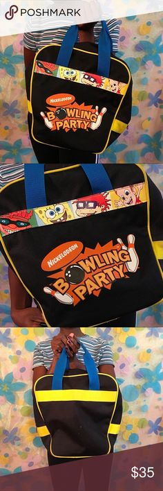 Nikelodeon bowling bag great condition Bowling is always fun af. I found this really great nickelodeon bowling bag!! Great condition, just a small stain on the back! Has the classic toons on it!! Get it today!! 🎳🎳🎳 Nickelodeon Bags