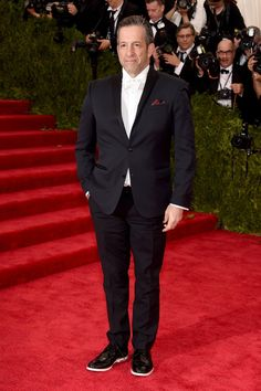 Pin for Later: Seht alle Stars bei der Met Gala Kenneth Cole