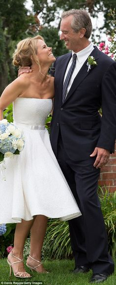 Cheryl Hines and Bobby Kennedy's wedding pictures from Cape Cod