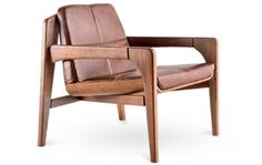8. Catuaba maciça estrutura a Macal (73 x 73 x 78 cm), com almofadas fxas. De Ronald Sasson, vale a partir de 5,7 mil reais na Sergio Bertti.
