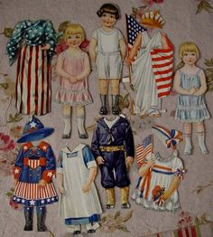 Patriotic paper dolls