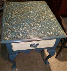 Side table in Annie Sloan Aubusson paint with clear and dark wax.  Royal Design Lovely Lace stencil.