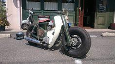 Near perfection - Peaksmopeds Custom Moped, Custom Cafe Racer, Custom Bikes, Honda Cub, Build A Bike, Honda Bikes, Classic Motors, Vintage Bikes, Retro Bikes