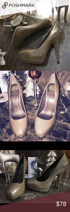 VC Signature Leather Pumps Sz 8 Brand New Brand new pumps never worn - sitting in my closet - 4👠 in heels - too high for me! $15 discount on any item listed on Poshmark if you Follow me on facebook: https://www.facebook.com/allinmyclosetspace - ends by 09-26-16 Vince Camuto Shoes Heels
