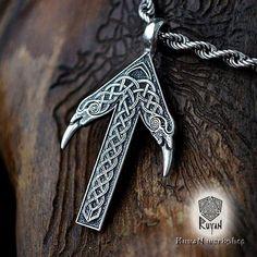 TIWAZ / TYR Rune Viking Amulett Anhänger nordischen Talisman