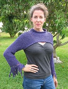 """""""pullover shrug""""  - no pattern, just an inspiration.  For something with a body, hehe."""