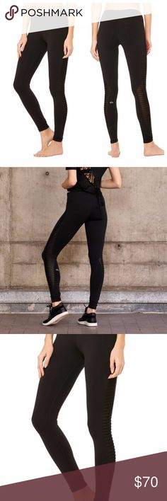 b439c3976cc007 NWT black ALO Yoga Luminous Leggings small new with tags // size small  Modern Mesh