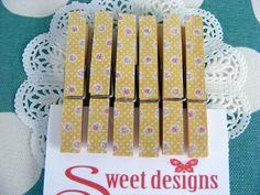 Floral Peg Magnets | Felt Clothes Pegs, Magnets, Great Gifts, Felt, Floral, How To Make, Design, Decor, Felting