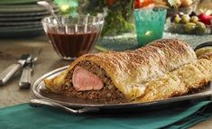 Maple-laced Pork Wellington Tortière recipe by the supplier Federation of Quebec Maple Syrup Producers Chef Recipes, Pork Recipes, Tortiere Recipe, Pork Wellington, Pork Fillet, Frozen Puff Pastry, Best Chef, Winter Food, Yummy Food
