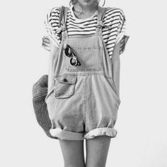 How to wear a dungaree in a cheeky way? - Join the Conversation - Motilo