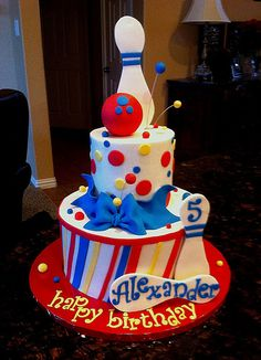 Primary Bowling Cake