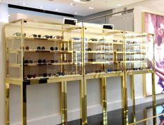 b28a63e67ccc The Shop-in-shop shows the extensive range of the Linda Farrow eye-