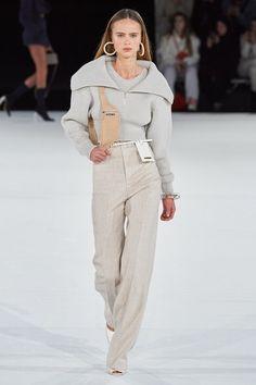 Jacquemus fall 2020 menswear fashion show fashion week street style looks to copy 2020 Fashion Trends, Fashion Week, Fashion 2020, Look Fashion, Runway Fashion, High Fashion, Winter Fashion, Fashion Outfits, Paris Fashion