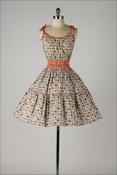vintage 1950s 2 pc dress . butterfly fruit by millstreetvintage