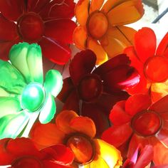 Garden flowers made out of soda cans!! | Flowers for my Garden | Pint ...