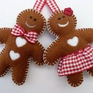 ginger bread boy and girl