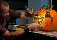 10 Questions for Ray Villafane and Andy Bergholtz, Pumpkin Sculptors