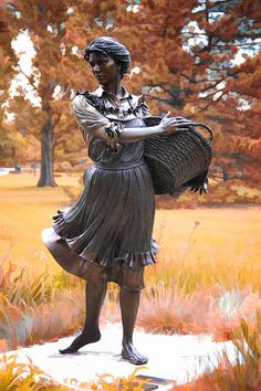 Prairie Flowers statuary by George Lundeen