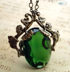 Can't sigh enough over this gorgeous vintage art nouveau pendant