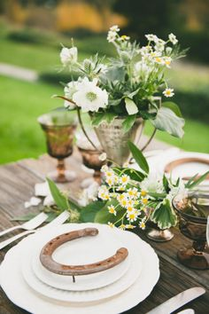 Rustic details: http://www.stylemepretty.com/little-black-book-blog/2015/05/01/modern-earthy-equestrian-wedding-inspiration/ | Photography: onelove - http://www.onelove-photo.com/