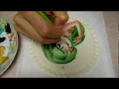 Tutorial - Lamù dipinta su PDZ - Let's paint on fondant cake