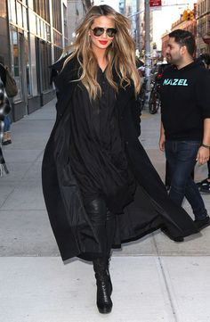 Your Friday to Sunday Outfit Plan, Courtesy of Chrissy Teigen