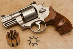 """I'm a revolver girl and this would fit into my console!  LOVE IT!!!!   S M627 2.625"""" Performance Center .357 Magnum"""