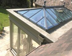 Roof lanterns for conservatories and orangeries. Bungalow Extensions, Garden Room Extensions, House Extensions, Lantern Roof Light, Orangerie Extension, Kitchen Orangery, Conservatory Design, Timber Windows, Glass Room