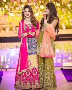 Mizz Noor the most dresses for you for or Doing all the intricate with hand. Providing you extreme with in a reasonable price. Please note we are 30 to 40 percent cheaper comparing to the shops Mizz Noor Dress - Home of Luxurious Dresses Asian Wedding Dress Pakistani, Pakistani Fashion Party Wear, Pakistani Dress Design, Pakistani Outfits, Punjabi Fashion, Bridal Mehndi Dresses, Asian Bridal Dresses, Wedding Dresses For Girls, Bride Dresses