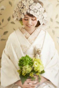 Shiromuku is pure white wedding kimono Wedding Kimono, Tea Length Wedding Dress, Bridal Wedding Dresses, Wedding Bride, Wedding Headband, Bridal Hair, Wedding Styles, Wedding Photos, Wedding Designs