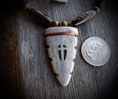 CROSS FAITH JESUS DEER ANTLER ARROWHEAD BROADHEAD HUNTING NECKLACE  ARROW HEAD