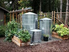 Ways To Make Water From Air – Greenhouse Design Ideas Off Grid, Water From Air, Water Collection, Rainwater Harvesting, Rain Barrel, Terracota, Farms Living, Earthship, Hobby Farms