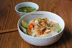 In my family, chicken pho  isn't as popular as beef pho . I definitely would choose beef over chicken any day. However, chicken pho is s...