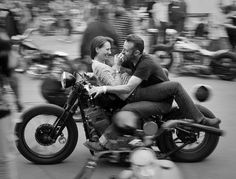 lovers #moto #fotografia #harley #bikers #rockers
